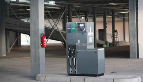 Evo-Park - Solution de parking aérien métallique avec station de lavage pour voitures