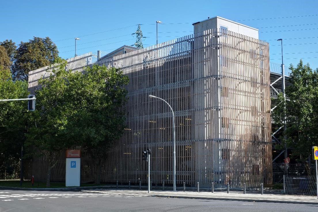 Evo-Park - Parking aérien métallique avec façade bois