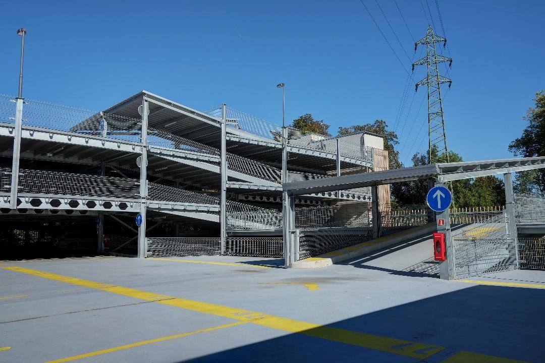 Evo-Park - Parking aérien de 5 étages et 400 places avec façade bois